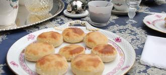Teig für Englische Tee-Brötchen