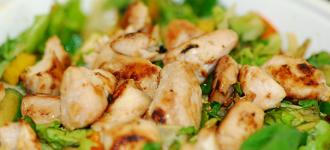 Salat-mit-Hühnchen