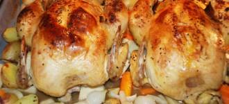 Bresse-Huhn-mit-Ofengemüse