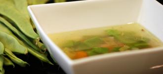 Schnippelbohnensuppe