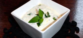 Joghurt-Minze-Raita