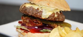 Hamburger mit Ciabattabrötchen