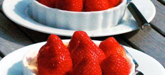 Käseküchlein-mit-Erdbeeren