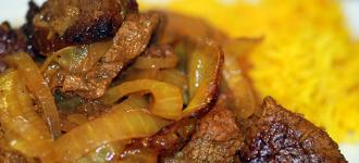 Rindfleisch-Curry-mit-Kurkumareis