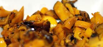 Pilze-in-Knoblauch-Safran-Sauce