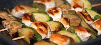 Hähnchenspieße-mit-Gemüse